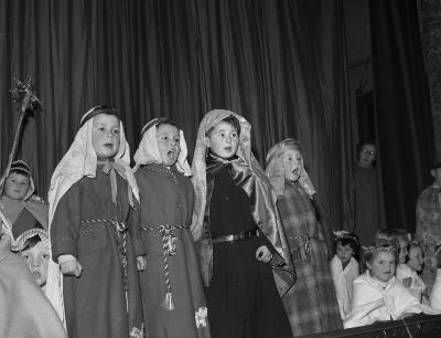 The Nativity Play at Penrhyndeudraeth Primary...