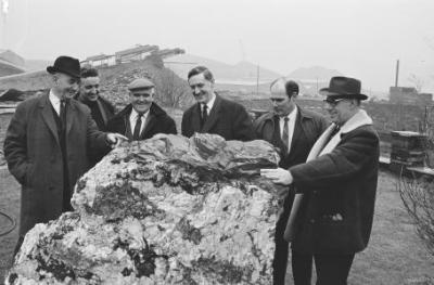 Selecting the Gorsedd stones for Bangor...