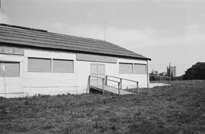 Maes a phafiliwn Eisteddfod Genedlaethol Bangor...