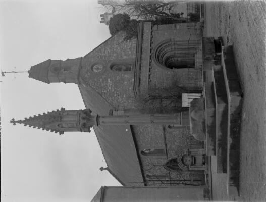 Eglwys St Tomos a'r Groes, Trefynwy