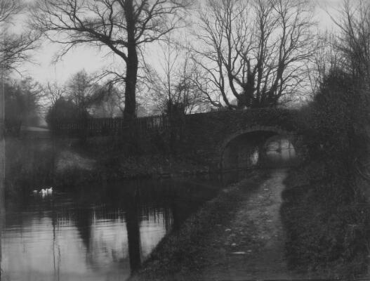 The Arch, Govilon