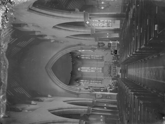 Eglwys Glynebwy