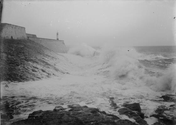 Rough Sea, Porthcawl