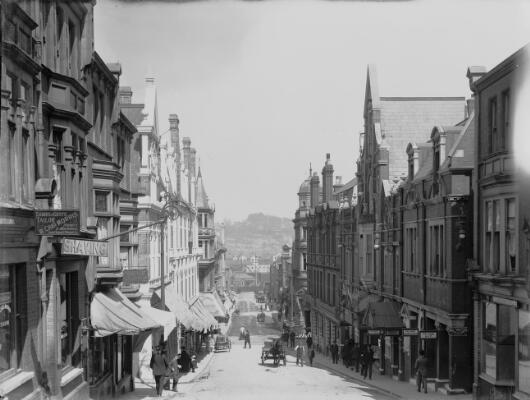 Charles Street showing Empire, Newport