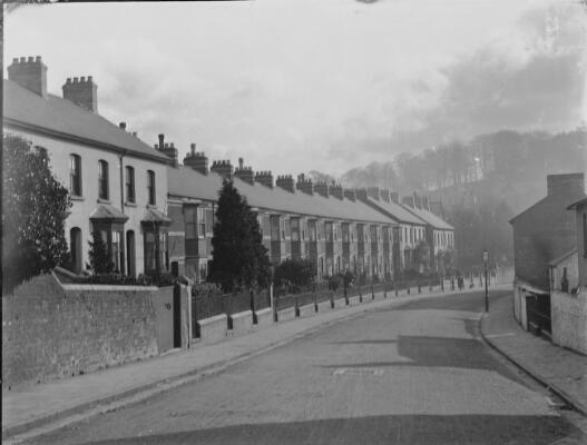 Crescent Road, Newport