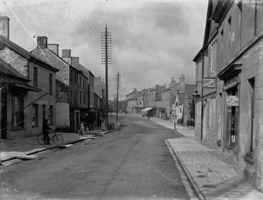 Cowbridge Road West End, Cowbridge