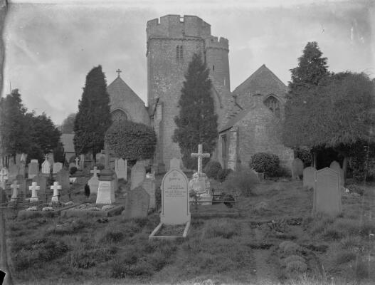 Eglwys St Mair, Y Bont-faen