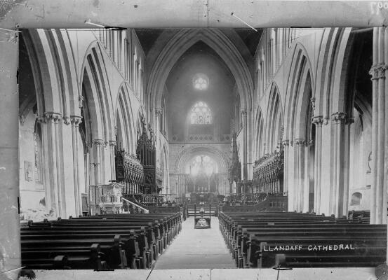 Eglwys Gadeiriol Llandaf