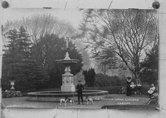 Sophia Gardens fountain