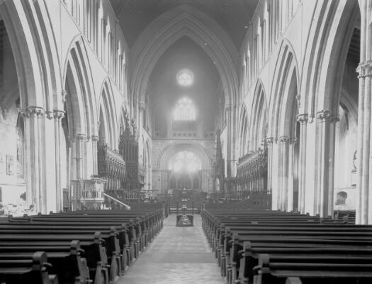 Golygfa; Eglwys Gadeiriol Llandaf