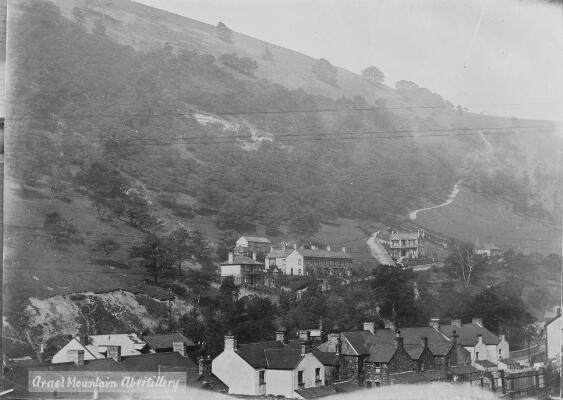 Mynydd Arael, Abertyleri