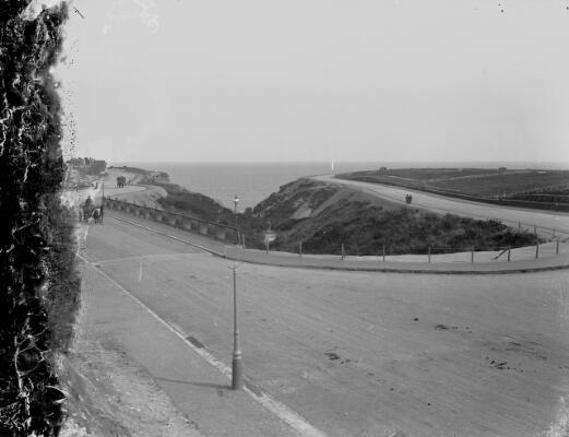 Unidentified coastal scene ca.1905