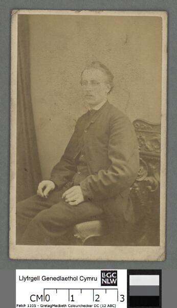 T. Glwysfryn Hughes