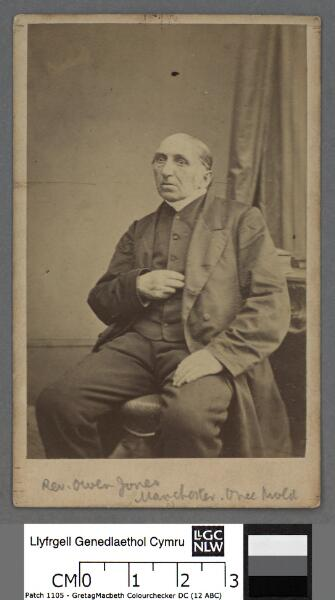 Owen Jones, 'Meudwy Môn'