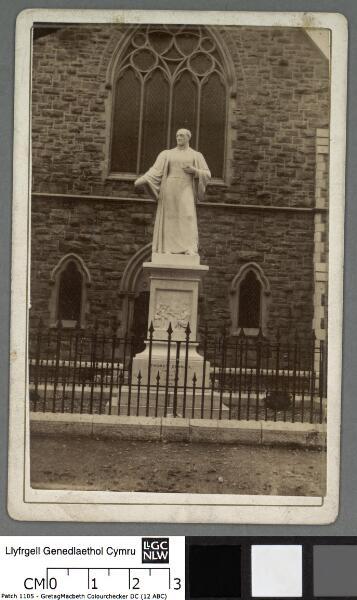 Statue of Thomas Charles at Bala