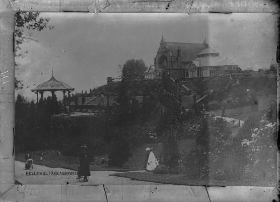Scene in Bellevue Park; Newport