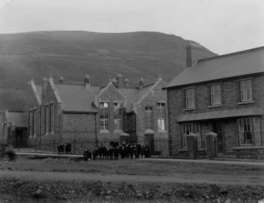 New Schools Treorky, Rhondda