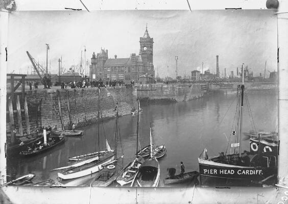 Pier Head, Caerdydd