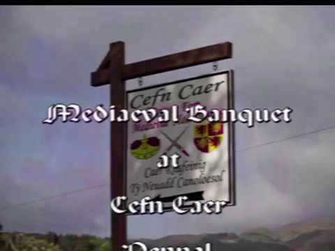 Tŷ Cefn Cae - Neuadd Ganoloesol