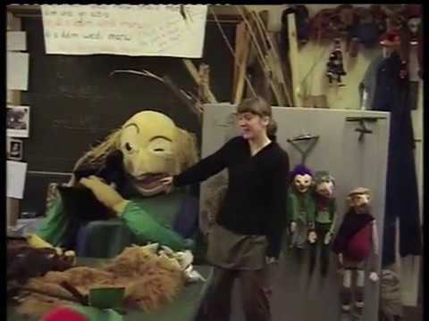 Ceinws Camp, Suzy and her puppets 2005