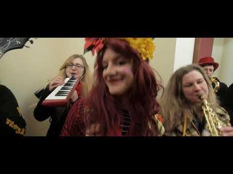 Santes Dwynwen Shuffle |  Wonderbrass 25