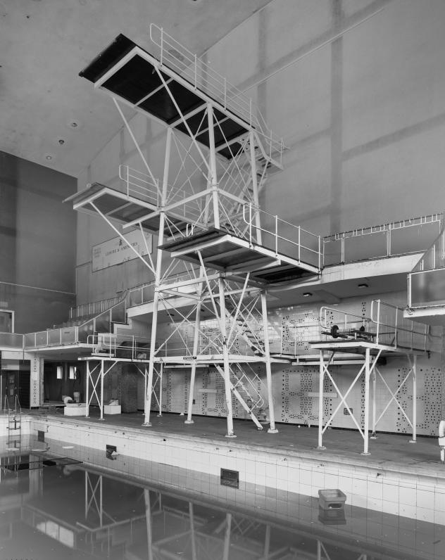 Empire Swimming Pool Cardiff Diving Boards