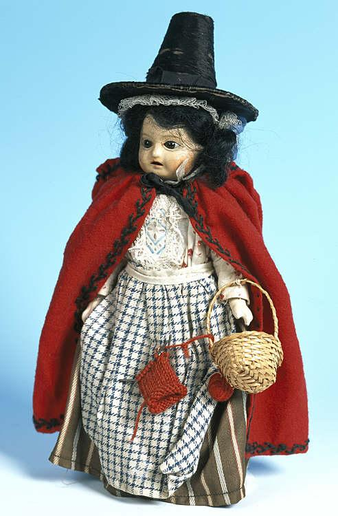 Welsh doll with knitting, 20th century Peoples ...