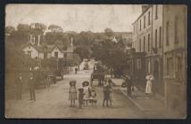 Children outside Cambrian Hotel, Saundersfoot