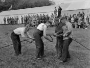 Plait an iron rope competition Eisteddfod, 1956