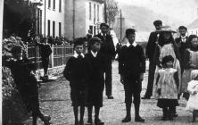 People in Llanon