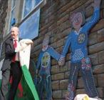 Geraint Davies MP unveils the mosaic mural