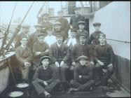 Captain Hugh Jones with his crew during WW1