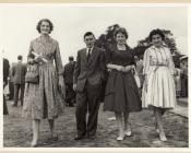 Mrs Myra Jones, Llanbedr y Cennin a 3 disgybl 1959