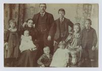Victorian family portrait, late 19th Century
