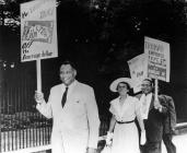 Robeson on an anti-segregation march 1948