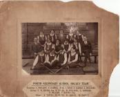 Porth Secondary School hockey team photograph