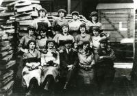 Female workers at Kidwelly Tinplate Works