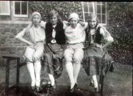 Group of girls from Monmouth School, c1925