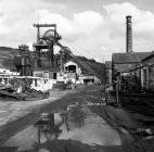 Lewis Merthyr Colliery, 1977, hydraulic roof...