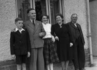 Cwm-twrch family who won a 'Happy Family&...