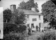 Joseph Hurst family, Bridge Inn, Llangernyw, c....