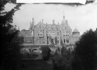 Hafodunos Hall, Llangernyw, 1895