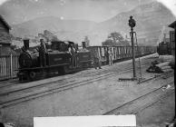 Workmen's train, Ffestiniog railway, c. 1875