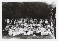 Group photograph - the day out, Llansteffan, c....