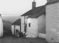 Ffermdy Neuadd Fry, Llanfihangel Cwm Du, c. 1960