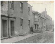 Cyfarthfa House a Dowlais House, Glanfa'r...