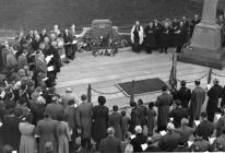 Llangollen. War memorial