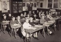 Dosbarth Mr Williams, Ysgol Cribyn 1957