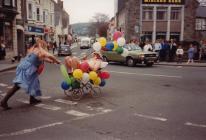 Ras bramiau, Llanbedr Pont Steffan, 1980au