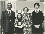 Ysgol Gynradd Capel Cynon 1977